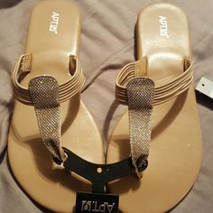 APT. 9 Sandals NWT...Beautiful sandals for any occasion. Apt. 9 Shoes Sandals