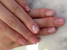 Nail Art with acrylic flowers