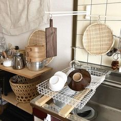 33 Lovely Japanese Kitchen Design Ideas - Asian kitchens are truly elegant and symmetrical in nature because of the fine attention to finish and detail. If youre eying on getting the same cle. Korean Kitchen, Japanese Kitchen, Japanese House, Rustic Country Kitchens, Country Kitchen Designs, Kitchen Dining, Kitchen Decor, My New Room, Kitchen Interior