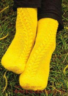Вязаные носки «Suvena» Knitting Socks, Textiles, Crochet, Boots, Fashion, Shoes, Tutorials, Crochet Hooks, Shearling Boots
