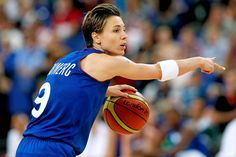 """She is amazing to watch! At 5'6"""" she proves you don't have to be tall to play bball-period."""