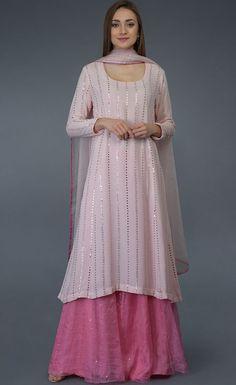 Punjabi Dress, Pakistani Dresses, Indian Dresses, Pakistani Bridal, Punjabi Suits, Indian Bridal, Latest Designer Sarees, Indian Designer Outfits, Designer Dresses