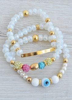 PULSERAS : JUEGO TRANSLÚCIDO Memory Wire Jewelry, Seed Bead Jewelry, Beaded Jewelry, Gemstone Bracelets, Handmade Bracelets, Handmade Jewelry, Bracelet Making, Jewelry Making, Bracelet Display