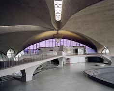 Trans World Airline Terminal 5 Kennedy Airport | Eero Saarinen | photo by Christoph Morlinghaus