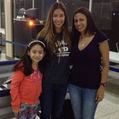 Miss Universe 2008 Dayana Mendoza for a new campaign + at the airport. - http://missuniversusa.com/miss-universe-2008-dayana-mendoza-for-a-new-campaign-at-the-airport/