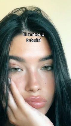 Makeup Eye Looks, Natural Makeup Looks, Cute Makeup, Pretty Makeup, Simple Makeup, Skin Makeup, Natural Glow Makeup, Dark Hair Makeup, Natural Beauty Tips