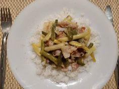 Hagymás, baconos zöldbab rizzsel Parfait, Risotto, Bacon, Meat, Chicken, Ethnic Recipes, Food, Essen, Meals