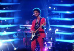 Bruno Mars Photos: Bruno Mars - Moonshine Jungle Tour - Barclays Center - New…
