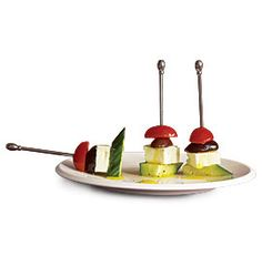 GREEK SALAD SKEWERS http://www.finecooking.com/recipes/greek-salad-skewers.aspx?nterms=50026