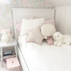 ♡ Breakfast at Shawna's ♡ xo Baby Bedroom, Closet Bedroom, 21st Century Homes, Cool Kids Bedrooms, Little Girl Rooms, Home Decor Items, My Room, Room Inspiration, Babys