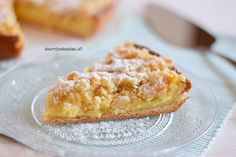 Kruimelvlaai met banketbakkersroom Dutch Recipes, Pie Recipes, Sweet Recipes, Baking Recipes, Dessert Recipes, No Bake Desserts, Delicious Desserts, Yummy Food, Sweet Desserts