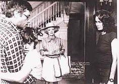 Burnt Offerings: Oliver Reed, Bette Davis, Karen Black, Burgess Meredith. A very creepy movie from 1976.