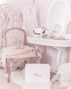 Cheap Home Decor .Cheap Home Decor Pink Bedroom Decor, Pink Bedroom For Girls, Master Bedroom Interior, Pink Bedrooms, Pink Room, Bedroom Themes, Fancy Bedroom, Vintage Room, Bedroom Vintage