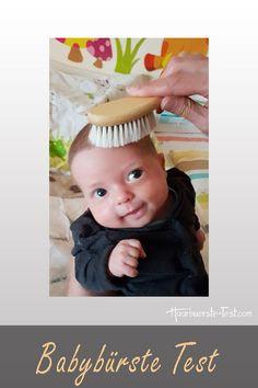 Welche Babybürste ist die beste? Tipps, Tricks und Infos zur ersten Haarbürste ... Massage, Tricks, Face, Best Hair Brush, Sensitive Scalp, The Face, Faces, Massage Therapy, Facial