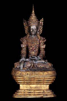Mid 18C - Early 19C Bronze Sitting Royal Mandalay Buddha