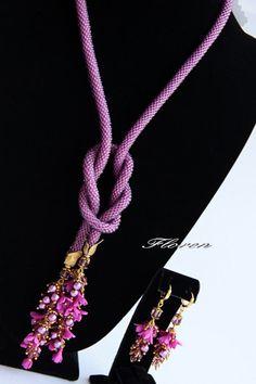 Жгут из бисера фиолетовый