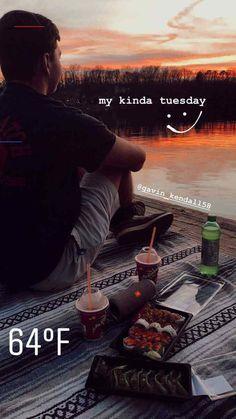 #roundsnapideas Creative Instagram Stories, Instagram And Snapchat, Instagram Story Ideas, Friends Instagram, Ig Story, Insta Story, Insta Snap, Snapchat Stories, Insta Photo Ideas