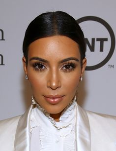 Do you daydream about a Kim Kardashian lifestyle, we can help. well, at the least we can tell you how to get Kim Kardashian jewelry looks for less Makeup Tips, Beauty Makeup, Hair Makeup, Hair Beauty, Soft Makeup, Natural Makeup, Eye Makeup, Kim Kardashian, Kardashian Wedding