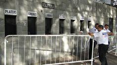 Cambistas agem livremente na venda de ingressos a torcedores do Cruzeiro #globoesporte