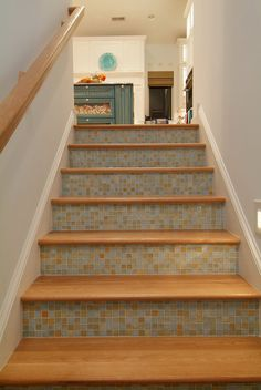 Ah! Oh!  Mosaic tiles on the backdrop of stairs are gorgeous.