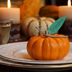 Pumpkin Place cards for your Thanksgiving table