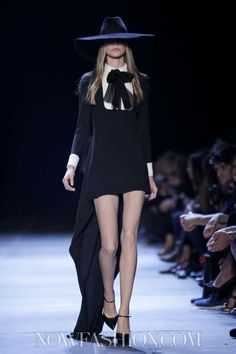 For Halloween date :) Yves Saint Laurent Spring-Summer 2013 Fashion Now, Live Fashion, Runway Fashion, Womens Fashion, Gothic High Fashion, Dark Fashion, Yves Saint Laurent Paris, Dedicated Follower Of Fashion, Spring Summer
