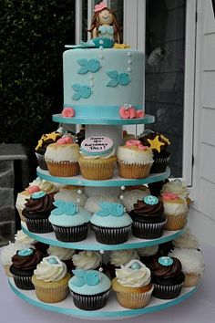 Mermaid Themed Baby Shower/Birthday Party: Cute Mermaid Under The Sea Cake and Cupcake Tower