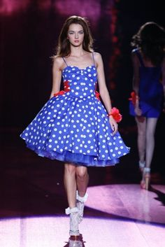 """Betsey Johnson Spring 2008 """"Prom Queen"""""""