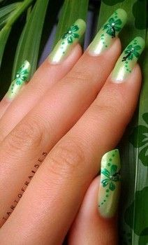 Decorate your nails to celebrate St. Patrick's Day with one or all of the following ideas.