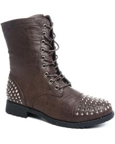 Bucco Brown Studden Women's Boots (Size 9) on Threadflip for 63% off!