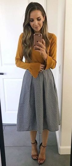 #fall #outfits women's brown trumpet sleeve top and black and white tattersal midi skirt -> SALE bis 70% auf Fashion -> klicken