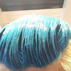 WEBSTA @ hakoyure - 着色中。ピジョンの2Pカラーって言われたwww #派手髪 #マニックパニック #ターコイズブルー
