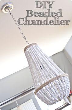 Diy Décoration, Diy Crafts, Bead Crafts, Luminaria Diy, Wood Bead Chandelier, Chandelier Lamps, Round Chandelier, Farmhouse Chandelier, Iron Chandeliers