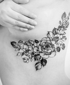 flower underboob / sideboob tattoo