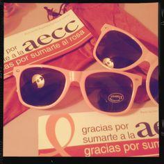 Por fin llegaron nuestras gafas rosas solidarias en apoyo a la Asociación Española contra el Cáncer #AECC #súmatealrosa