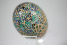 Royal Pattern Bown Chicken Egg Pysanka, Ukrainian Easter Egg, Batik Painted
