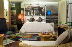 The new Hotel Indigo in Shanghai could be their coolest yet Shanghai Hotels, Bedroom Cushions, Hotel Indigo, Asian Interior, Hotel Interiors, Eclectic Design, Soft Furnishings, Interior Inspiration, Architecture Design