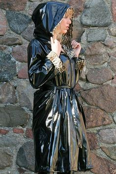 Shiny black mac with hood Vinyl Raincoat, Plastic Raincoat, Pvc Raincoat, Rain Bonnet, Black Mac, Rubber Raincoats, Hooded Cloak, Pvc Coat, Latex Dress
