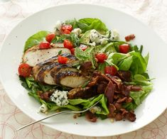 This update on the classic Cobb Salad features mustard-crusted grilled chicken, crunchy pine nuts, and tons of fresh flavor from the mint, chives and parsley. Salad Recipes Video, Herb Recipes, Salad Recipes For Dinner, Healthy Salad Recipes, Chicken Recipes, Tzatziki, Ceviche, Quesadillas, Sin Gluten
