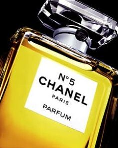 1922 INTRODUCTION OF #CHANEL N*5