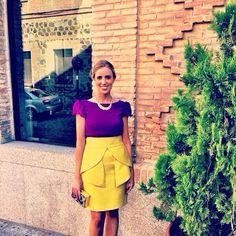 Conjunto de falda con blusa. Super!!!!!