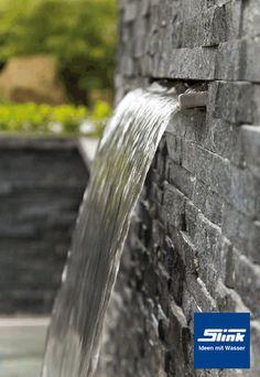 Ganz einfach einen eigenen Garten-Wasserfall oder Mauer-Wasserfall anlegen: Wasserfall-Bauteil aus Edelstahl (Wasserschütte) mit einer Breite von ca. 30 cm zum Einbau in oder an eine Mauer. Maße: ca. 17,5 x 30 x 10 cm Continue reading →