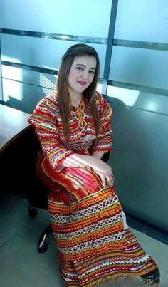 Robe KabyleAlgeria tenue traditionnelle algérienne et