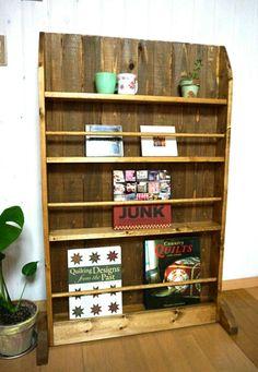 パーテーションにもなるかわいいブックシェルフ|本棚・絵本棚|egg nog|ハンドメイド通販・販売のCreema
