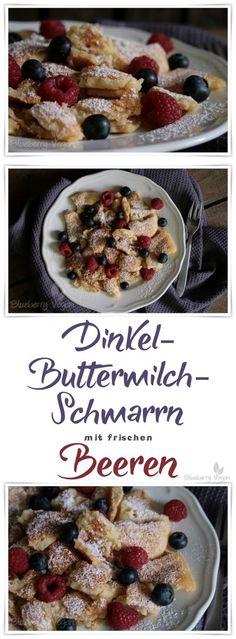 Veganer Dinkel-Buttermilch-Kaiserschmarrn mit frischen Blaubeeren und Himbeeren