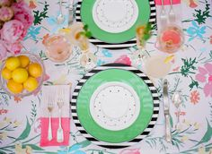 Kate Spade Garden Party yes yes yes yes! I love Kate Spade Kate Spade Party, Kate Spade Bridal, Do It Yourself Inspiration, Boho Inspiration, Green Table, Party Entertainment, Deco Table, Branding, Decoration