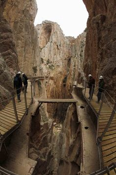 Spain : El Caminito del Rey in Malaga, the reason National Geographic does what it does and puts the images on the square box in my living room Places To Travel, Places To See, Dangerous Roads, Scary Places, Spain And Portugal, Spain Travel, Wonders Of The World, Travel Photography, Scenery