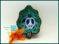 Walk in #Peace. Handpainted #turtle #bowl by #EclecticDawnArts http://etsy.me/2eUTJ6n via @Etsy #turtleisland #natureart