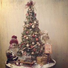 #christmas#christmastree#miniature#miniatures#snowman#teddybear#bear#snow#handmade#ミニチュア#雪#雪だるま#クリスマス#クリスマスツリー#テディベア#クマ#手作り#ハンドメイド  complete! 完成です!!きゃ~♪