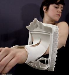 3D Printed Jewelry Makes Architecture Wearable